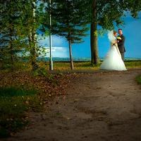 Выставка по итогам фотоконкурса «Ах, эта свадьба!»